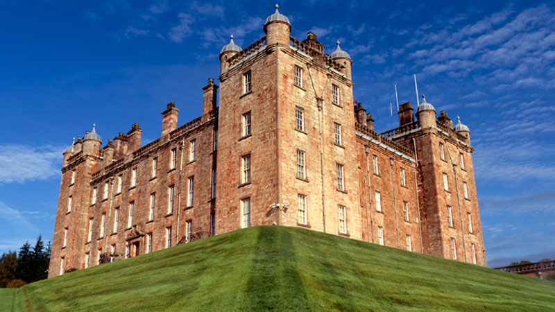 Iconic Sporting Estates –  Drumlanrig Castle