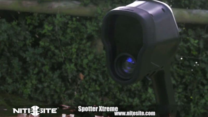 The NiteSite Spotter Extreme...Turn night into day....Literally. The unit uses 5 super strong LED's that cut through the night to a range of 500 yards.
