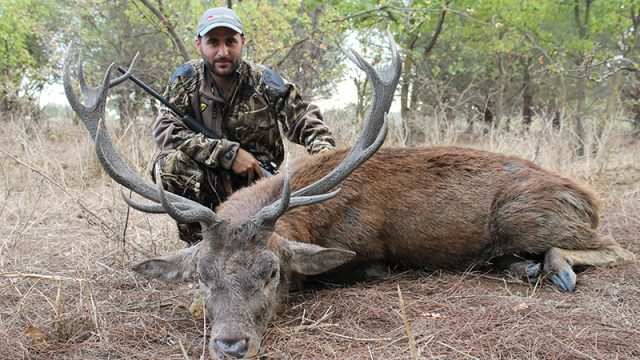 Red Stag Stalking in Sicily – Lucas Micallef